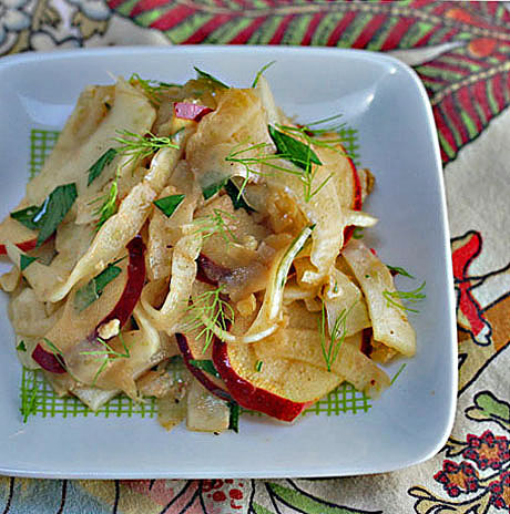 Fennel, apple and walnut salad with pomegranate orange dressing. #vegan #glutenfree