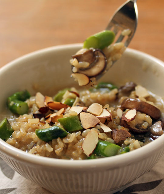 Use your pressure cooker to make brown rice risotto in no time. This one has asparagus, mushrooms and almonds, too. [ThePerfectPantry.com]