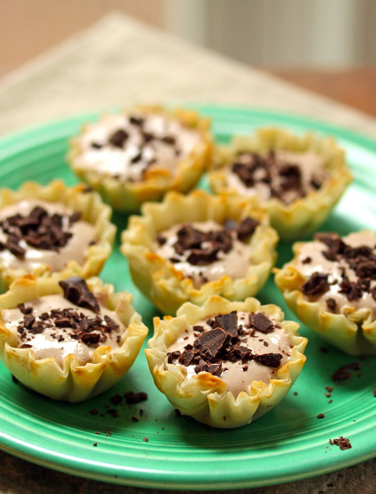 All you need is a bowl and whisk to make these sweet mocha ricotta cream phyllo shells.