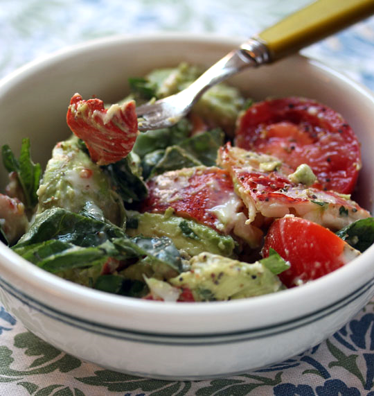 Lobster and avocado salad with tomatoes and fresh basil: a spectacular summer salad.