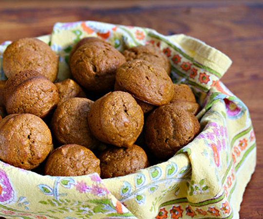 Pumpkin-pecan mini muffins: the perfect size for the Thanksgiving table.