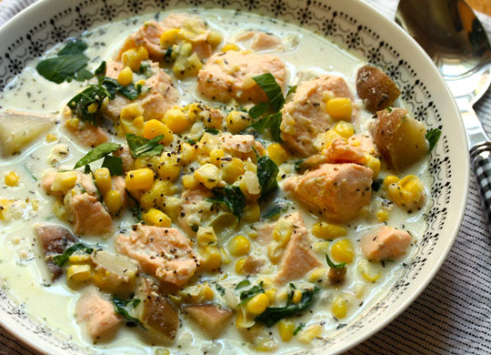 Salmon, corn and potato chowder, made with fresh or frozen corn kernels. Add a slice of crusty bread to mop the bowl!