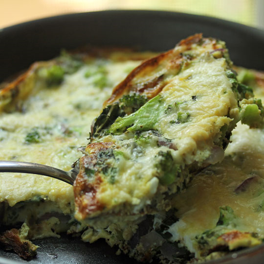 Frittata with broccoli and herbs makes a perfect worknight dinner!