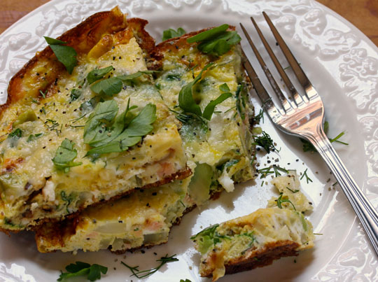 Serve this frittata with fennel, avocado and salmon hot or cold, for breakfast or dinner.