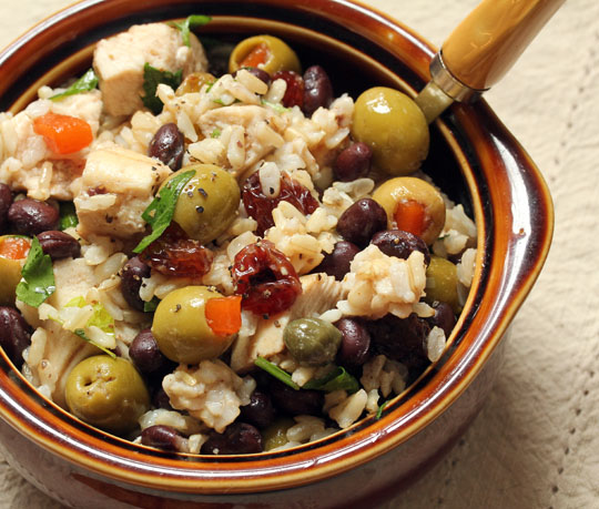 Black beans and rice married Chicken Marbella: two great dishes in one!