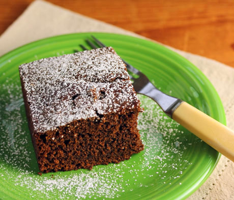 Chocolate gingerbread cake: less than an hour, start to finish!