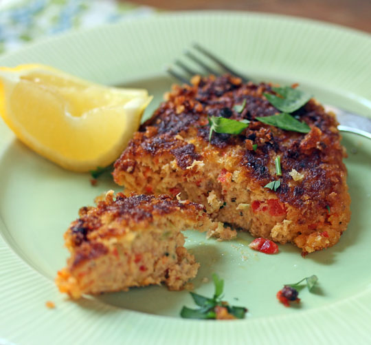 Pan-fried tuna croquettes with a crunchy panko crust.